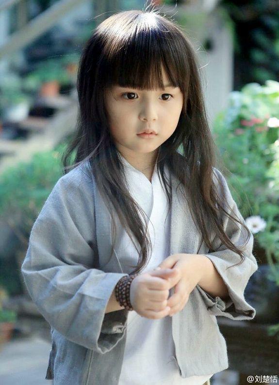 中国の注目の 可愛い子 役 タレント 劉楚恬 アジアの子供たち
