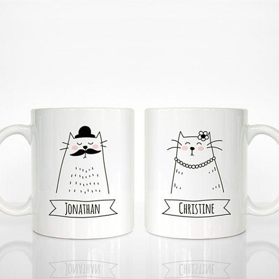 lot de 2 mugs personnalis s nom chopes chat couple. Black Bedroom Furniture Sets. Home Design Ideas