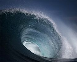 armand dijcks' enchanting cinemagraphs capture the raw power of the ocean waves