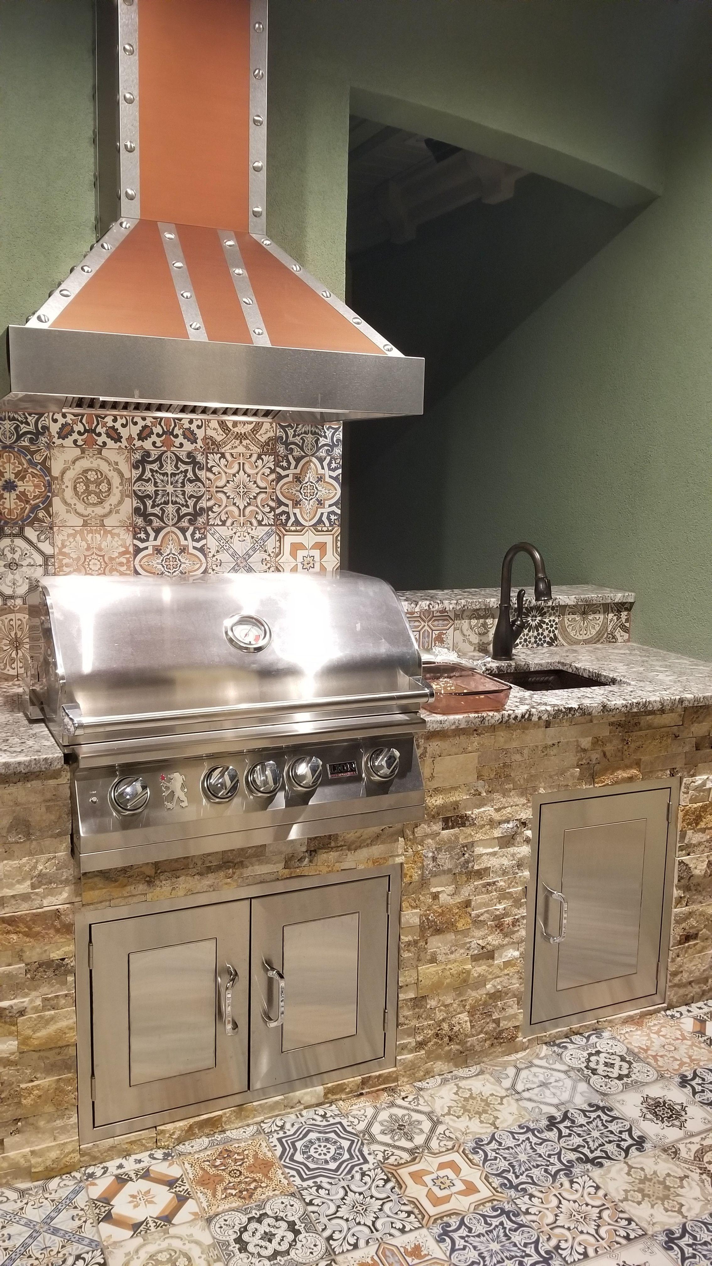 Zline 30 Designer Series Copper Finish Wall Range Hood Kb2 Cssxs 30 Luxury Outdoor Kitchen Outdoor Kitchen Kitchen Design Open