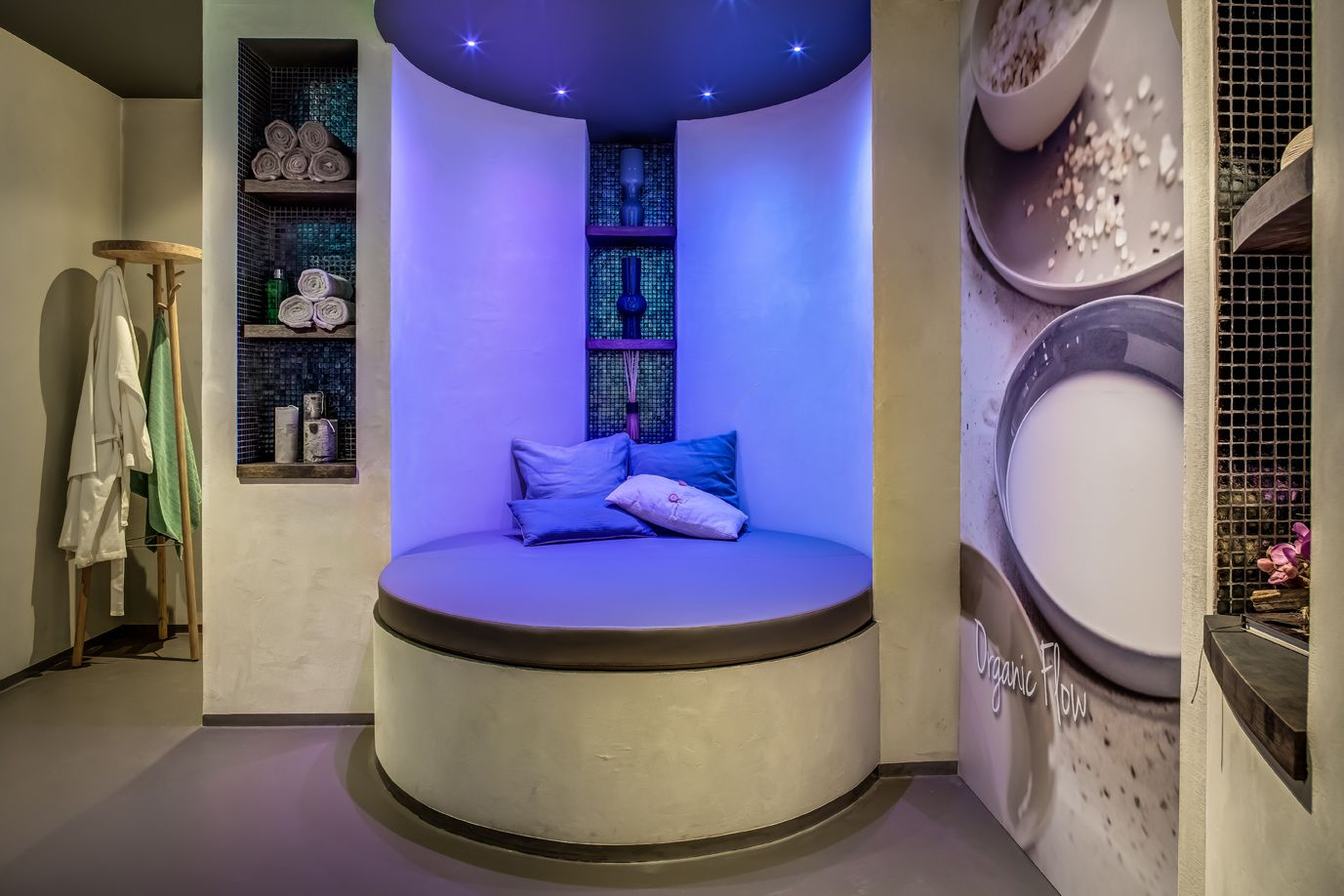 Cleopatra Badkamer Cleopatra Opent Wellness Experience Center Try Before You