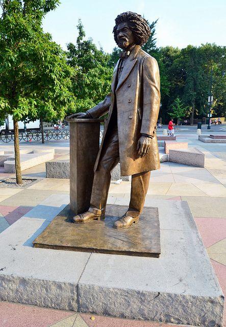 Photo of Frederick Douglass statue
