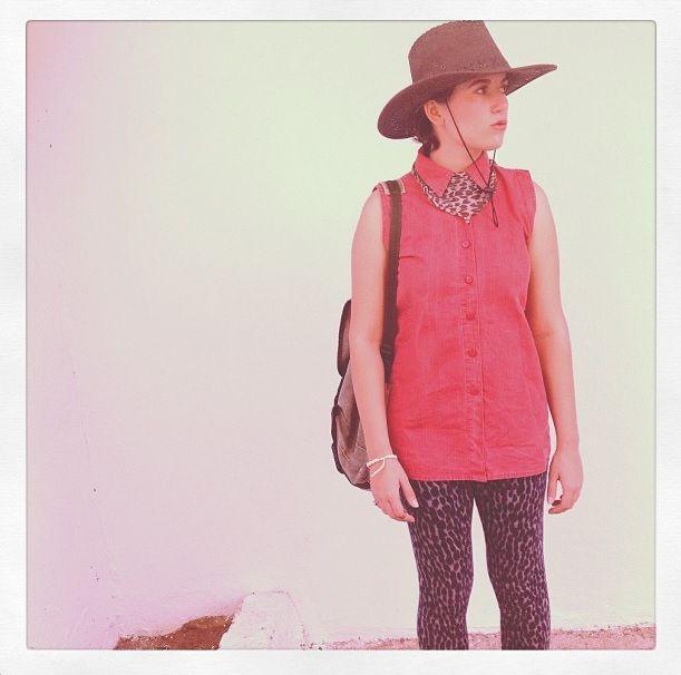 #LadyMoreth #red #fashion #style #cowboy #girl #blogger #leopard #rucksack #hat
