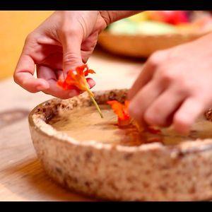 Canelões de abóbora com queijo de amêndoas.