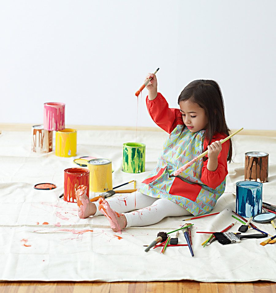 Spring Sewing from the Little Things to Sew book. Art smock for messy dining and messy art projects.