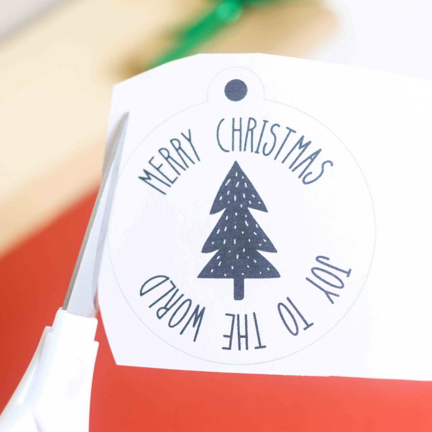 50+ Free Printable Christmas Gift Tags (Also blank templates) #50freeprintables