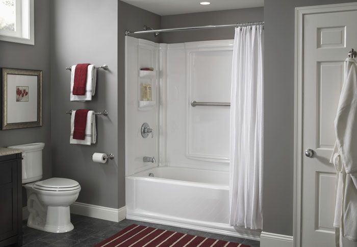 Tub Shower Surround With Curved Curtain Bar For Upstairs