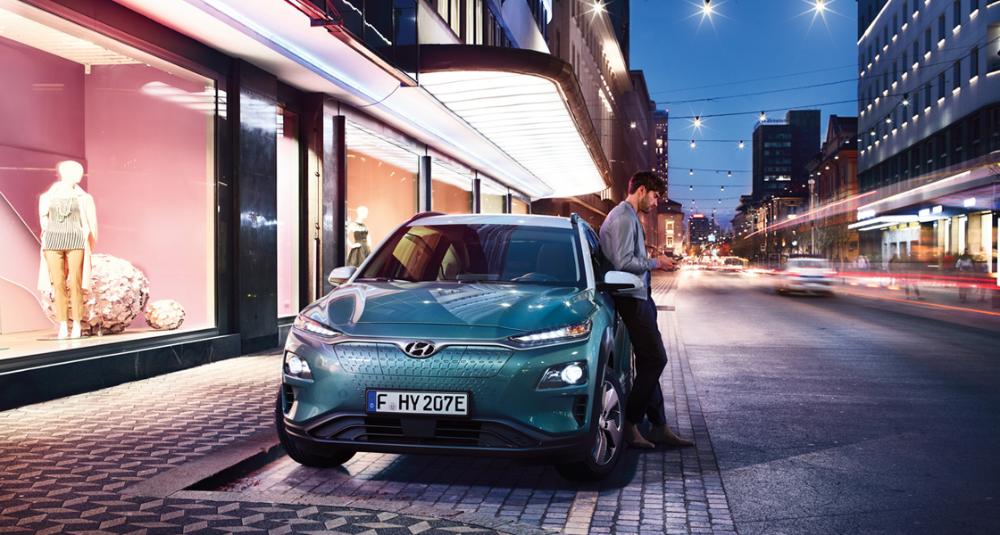 Discover The New Hyundai Kona Electric Electric Suv Hyundai Uk In 2020 Car New Hyundai Car Ads