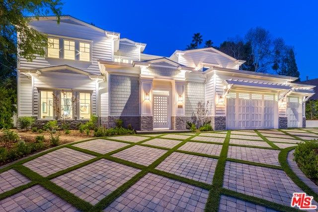 Check Out The Coolest Pictures For Encino Homes For Sale If You Are Interested In Looking At The Encino Homes For Sale Encino Real Estate Prices House Styles