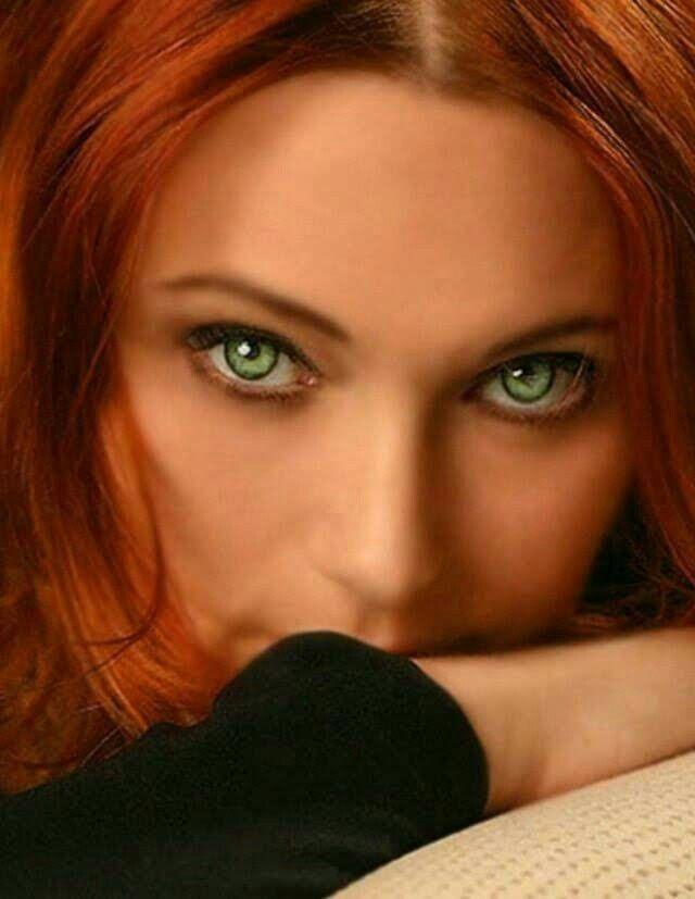 rote haare und grüne augen