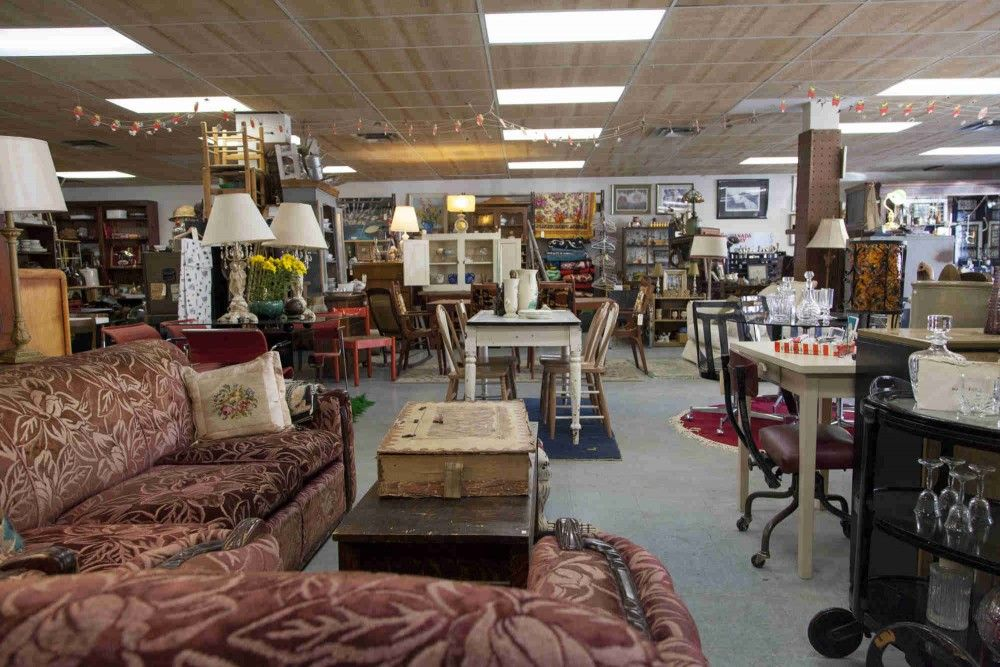 Vintage Furniture Stores In Toronto: Mrs. Huizenga