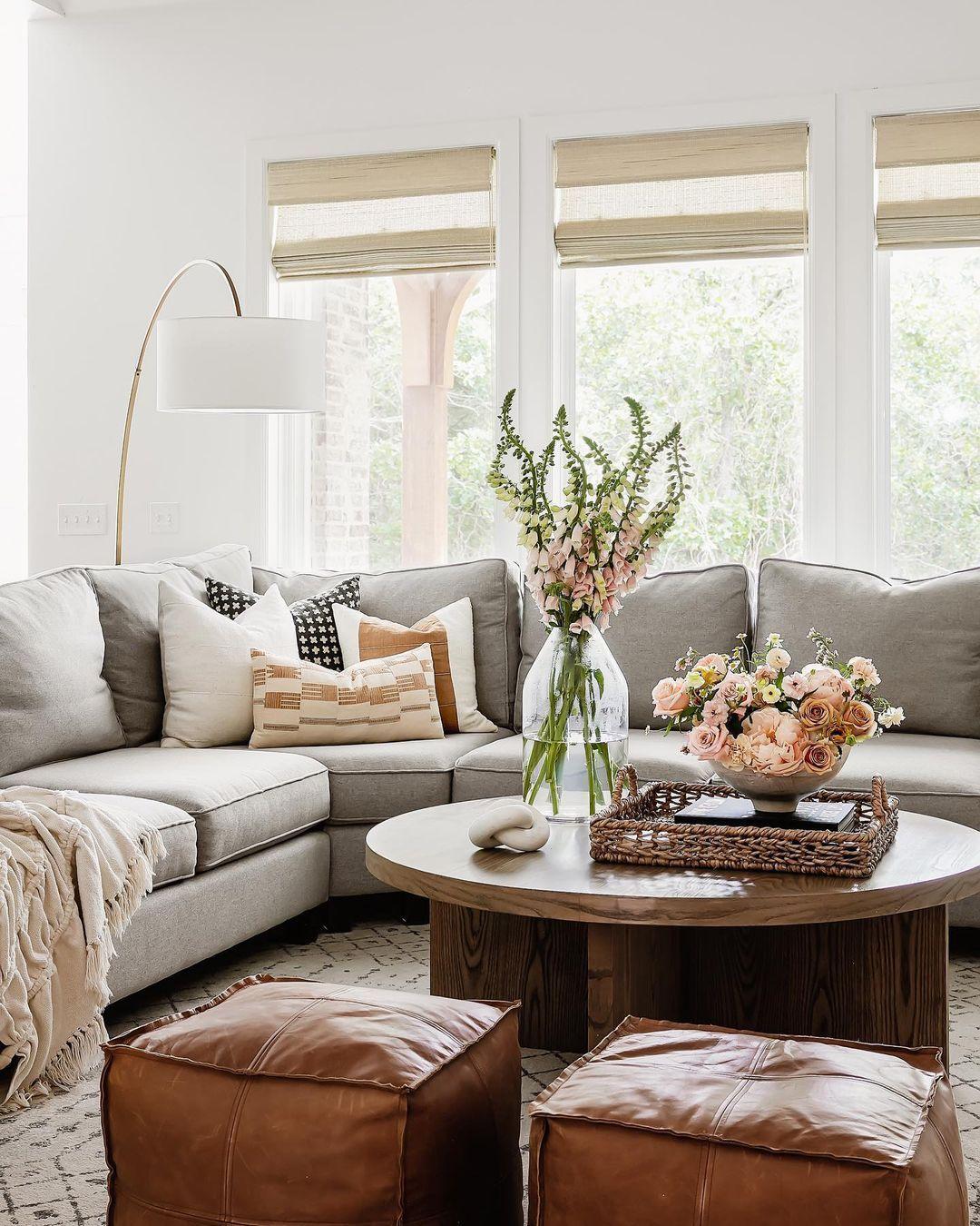 Kelsey Okc Interior Designer Kelseyleighdesignco Posted On Instagram Dec 14 2020 At 3 01am Utc Interior Design Living Room Inspiration Home Decor