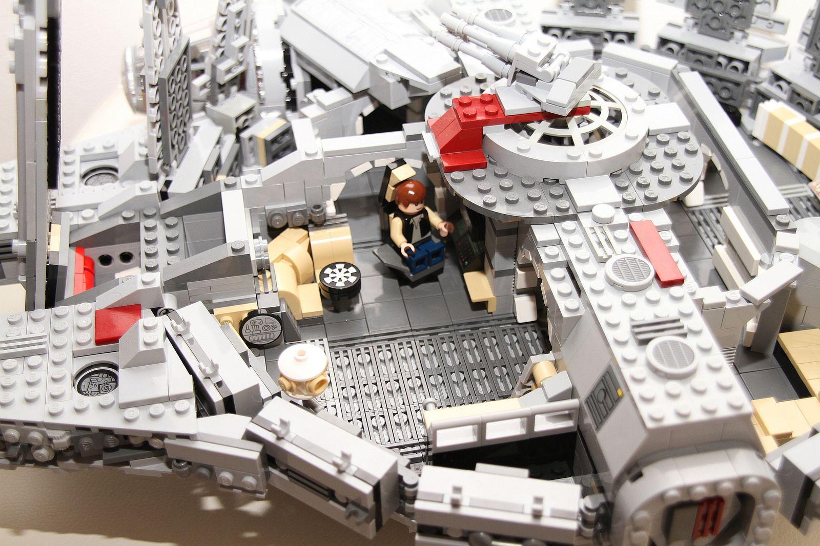 Img14935b Lego Star Wars Sets Lego Millenium Falcon Cool Lego