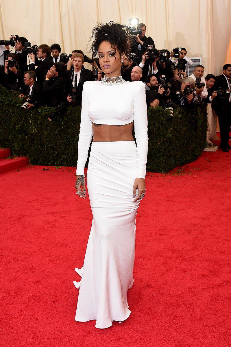 Rihanna In Stella Mccartney Met Gala Dresses Met Gala 2014 Celebrity Dresses [ 1200 x 799 Pixel ]