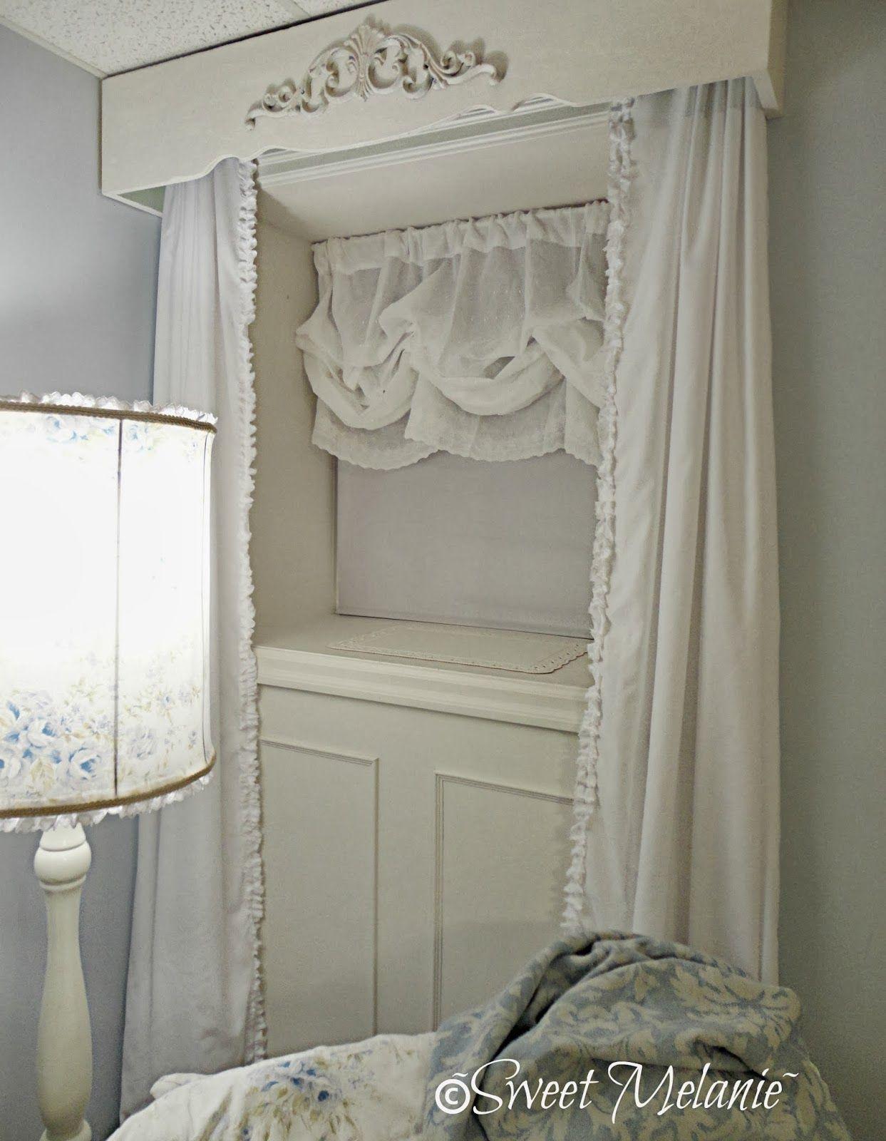 sweet melanie my window gets a new look le blanc romantique rideaux romantique. Black Bedroom Furniture Sets. Home Design Ideas