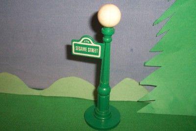 Streetlight Poles on Laura21743   Vintage Fisher Price Lp Sesame Street Lamp Pole Light