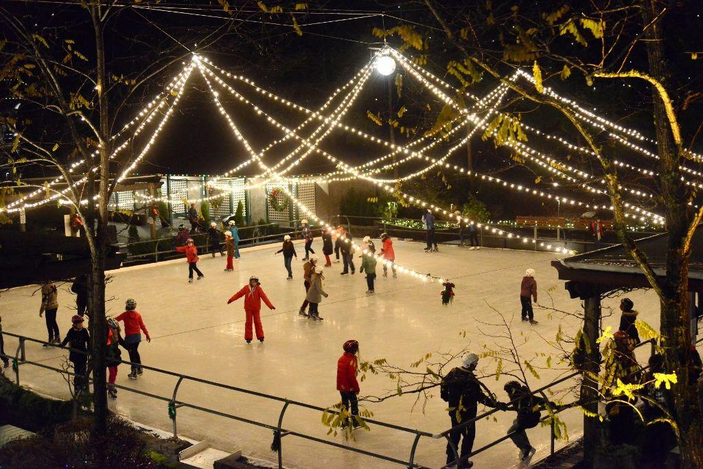 5 Seasons Of Activities The Butchart Gardens Outdoor Skating Rink Outdoor Skating Butchart Gardens