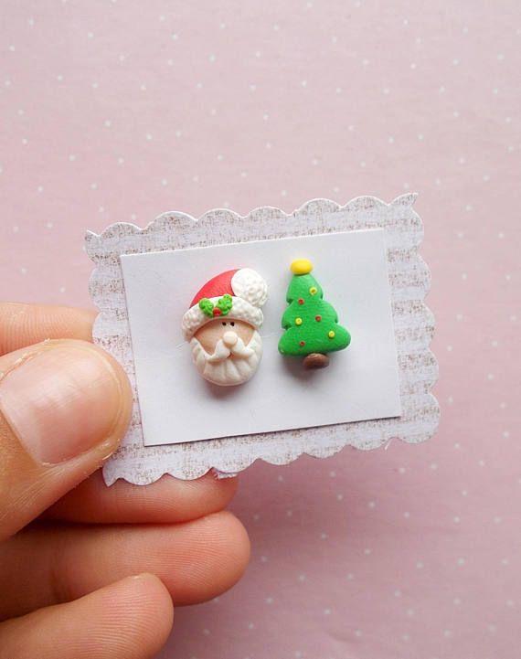 Pendientes De Santa Y árbol De Navidad Pendientes De Navidad Etsy Arcilla De Navidad Navidad De Arcilla Polimérica Pendientes De Navidad