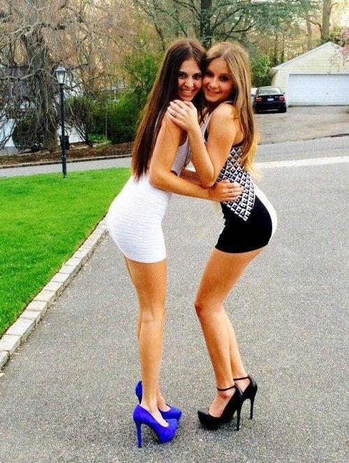 Sexy girls in heels pics