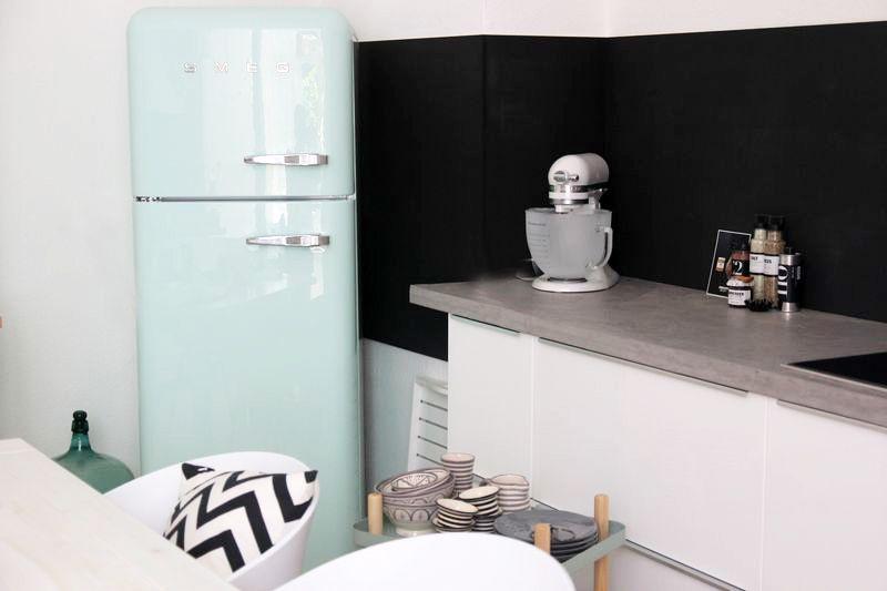Smeg Kühlschrank Hellgrau : Smeg kühlschrank in mint home betonarbeitsplatte smeg