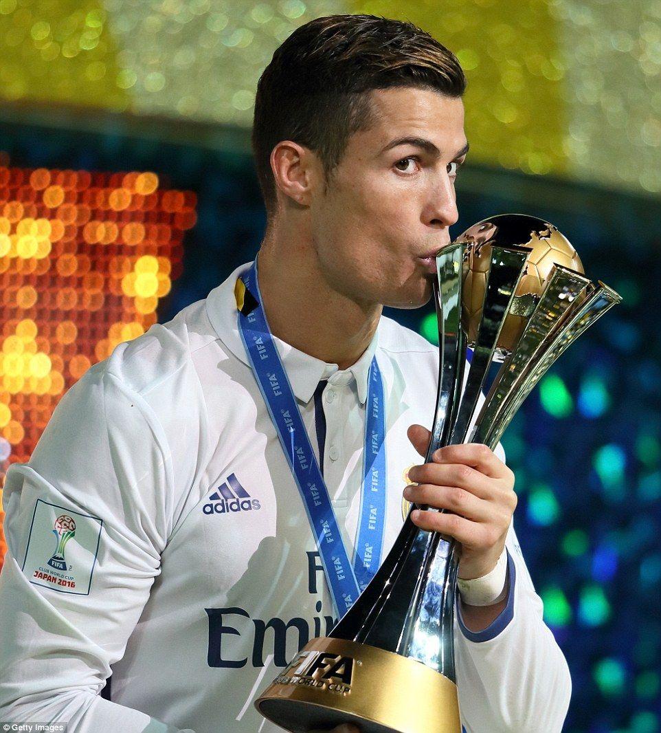 Real Madrid 4 2 Kashima Antlers Ronaldo Hat Trick Wins Club World Cup Cristiano Ronaldo Ronaldo Club World Cup