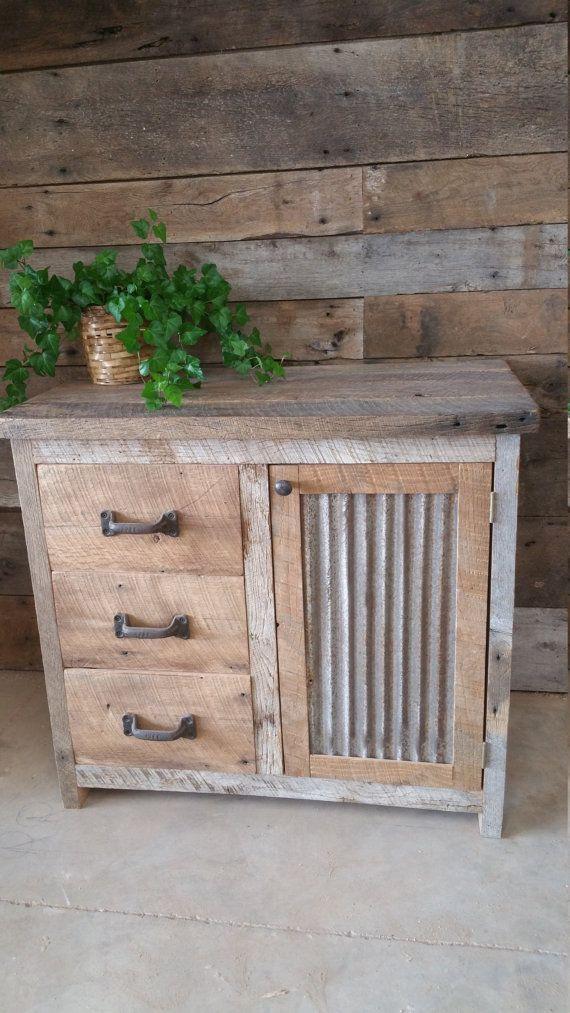 El tocador de madera de granero r stico personalizado o for Bajo gabinete tocador bano de madera