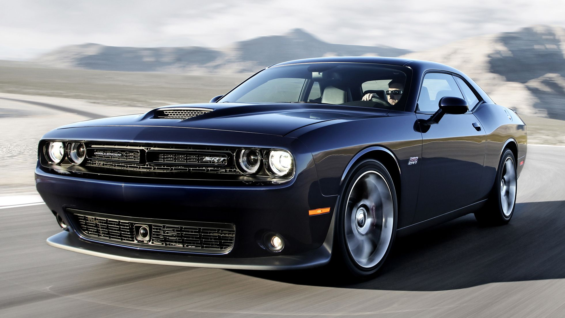 Dodge challenger 2015 black pict of car