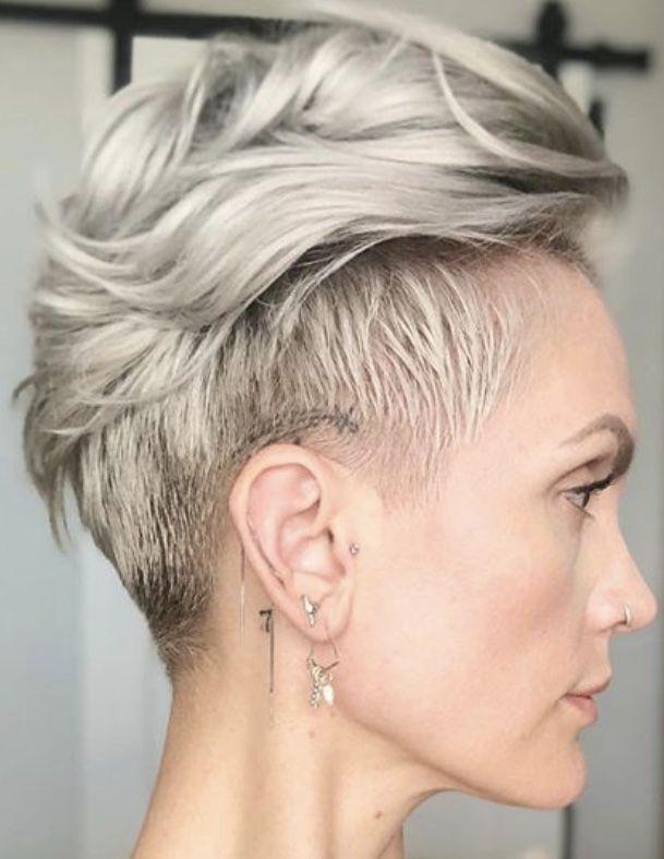 Pin by Luna Sea on Short hair! in 2020   Short blonde hair ...