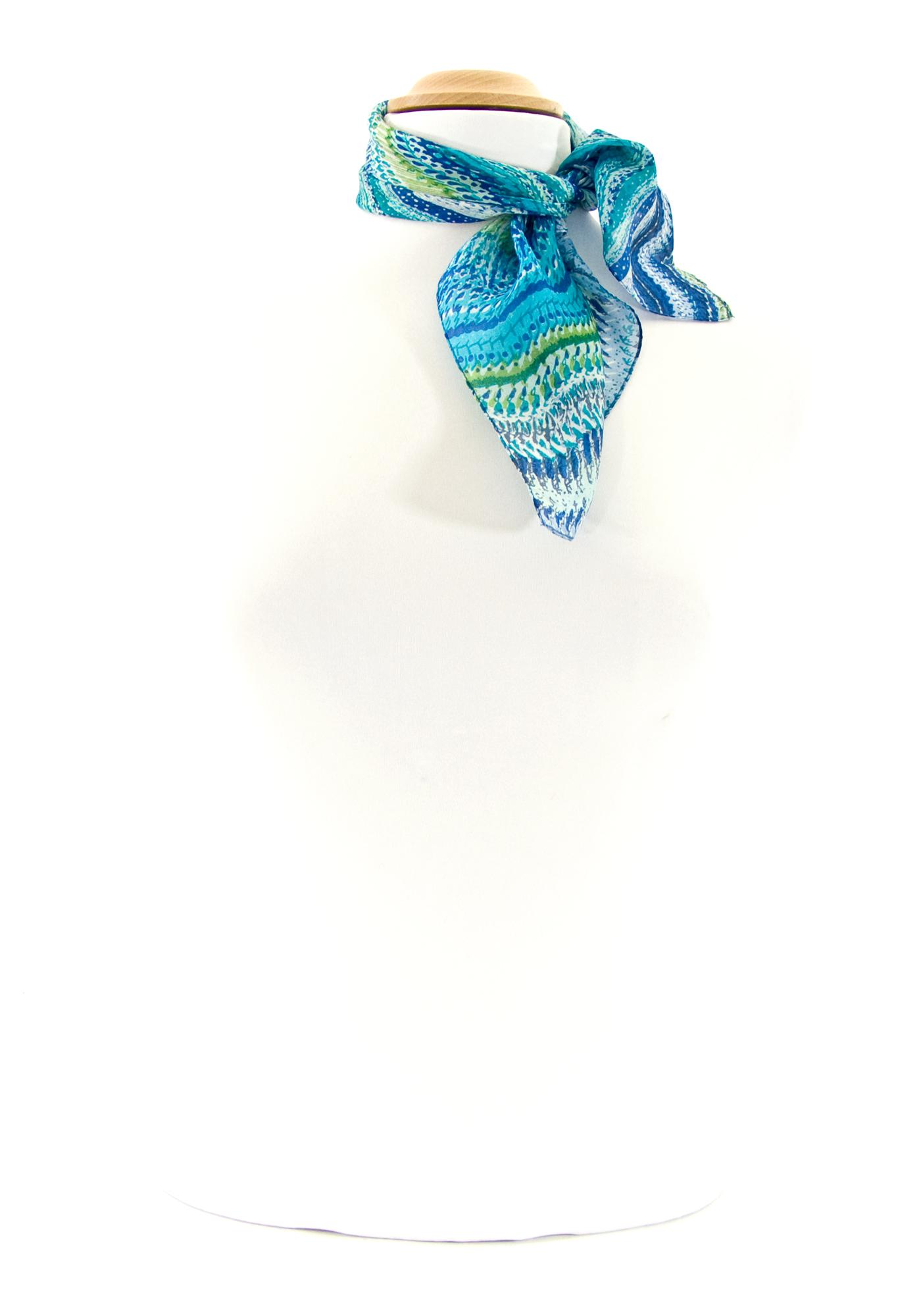 Foulard en soie volutes bleu 50 x 50 cm Palme  mesecharpes.com http ... 9df6bcf86e7