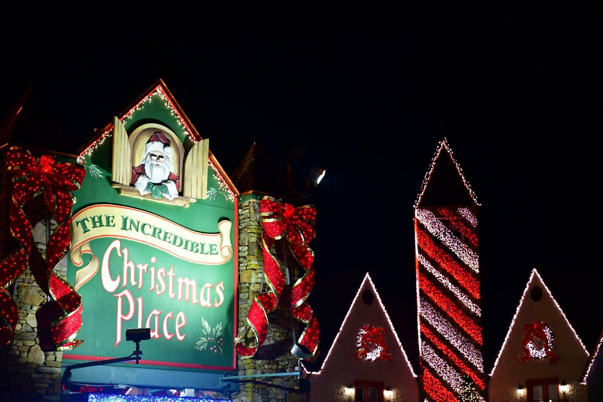 the incredible christmas place in pigeon forge is the largest year round christmas store in