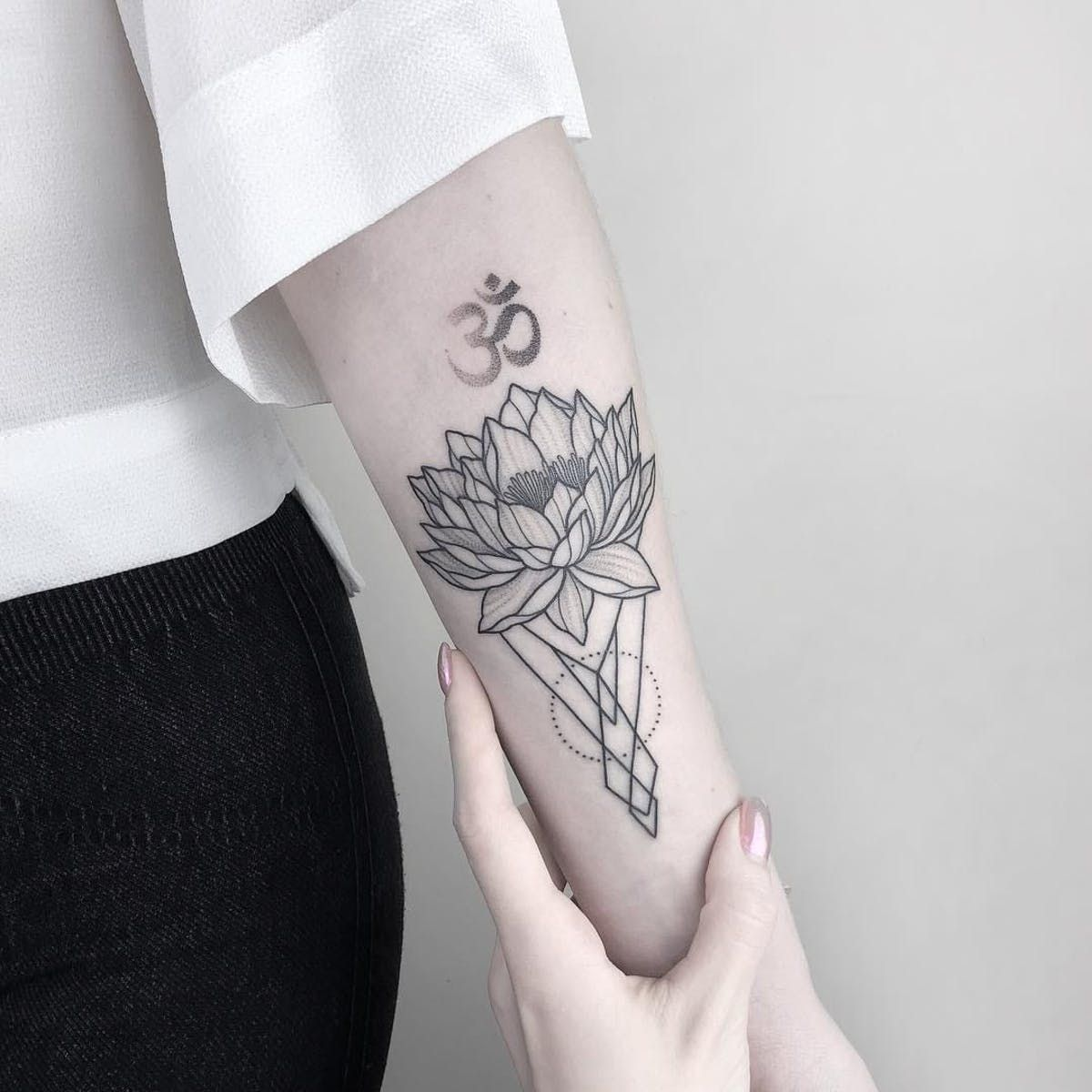 Lotus And Ohm Tattoo By Nastyafox Nastyafox Anastasiaslutskaya Fineline Linework Illustrative Minimal Abstract Sacredgeometry Lotus Flower Ohm Om S