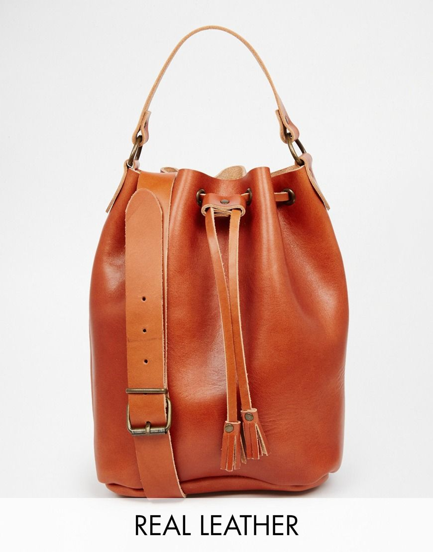 Grafea can do know wrong when it comes to the most awesome leather bags.