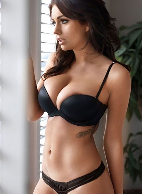 Perfect busty babe