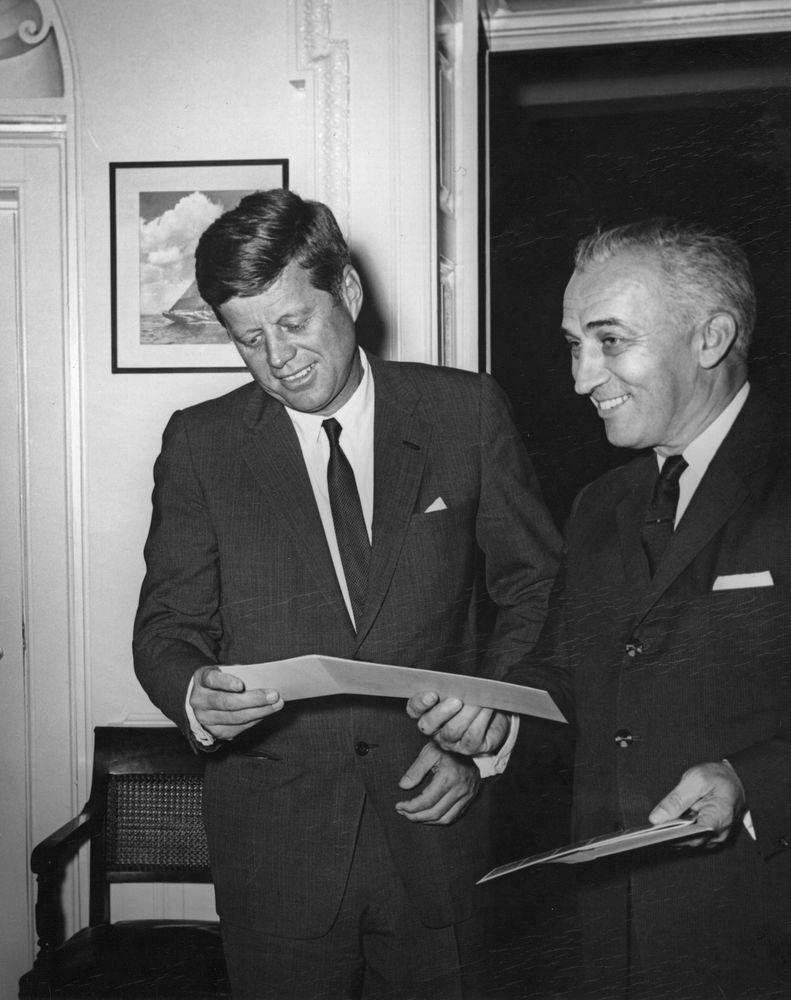 President Kennedy In Miss Lincoln S Office John F Kennedy In