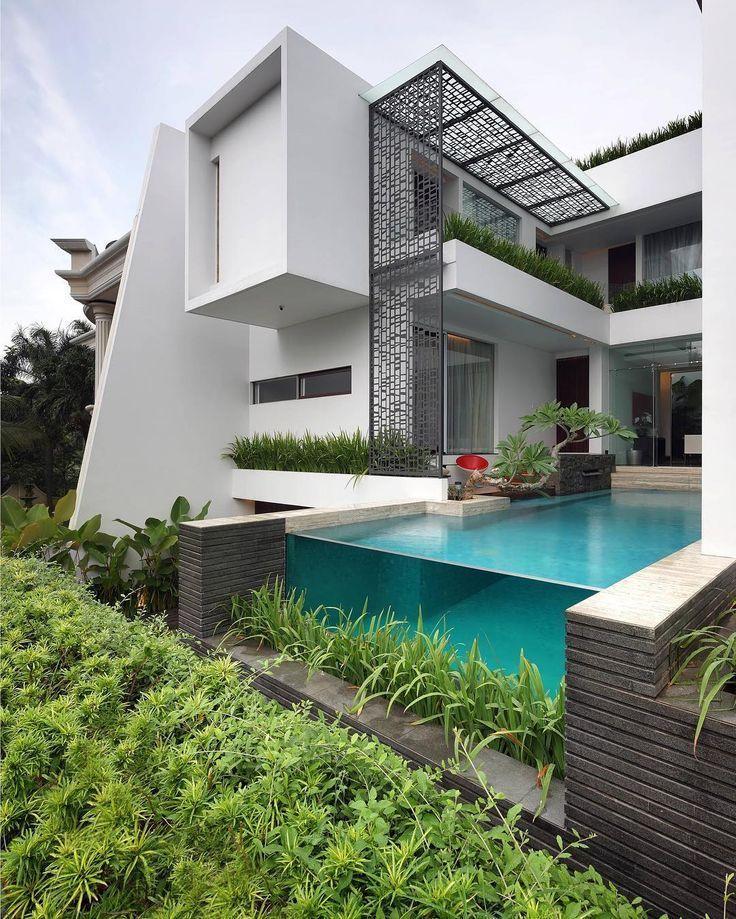 Archidesignhome Pinisi House By Genius Loci Pte Ltd Location Jakarta Indonesia Luxur Con Imagenes Casas Con Alberca Imagenes De Casas Casas Minimalistas Pequenas