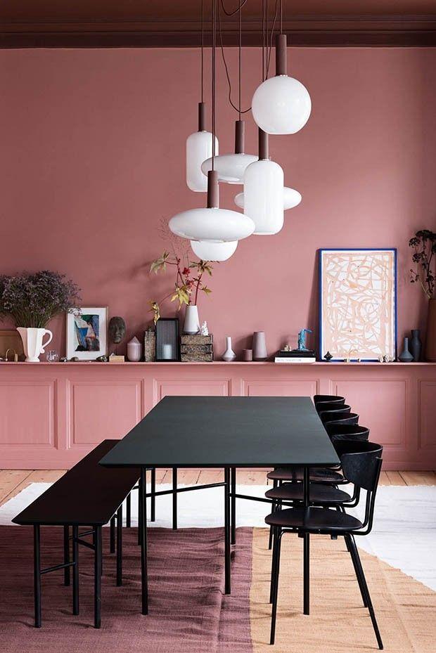 Boiserie et rose dans le coin repas | L\'usine | Pinterest ...