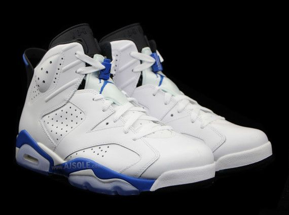 8eaee7d6450d32 a look at 2 air jordan 6 retros og colorways 03 570x424 Sport Blue vs.  Infrared  Which Air Jordan 6 Are You Looking Forward To