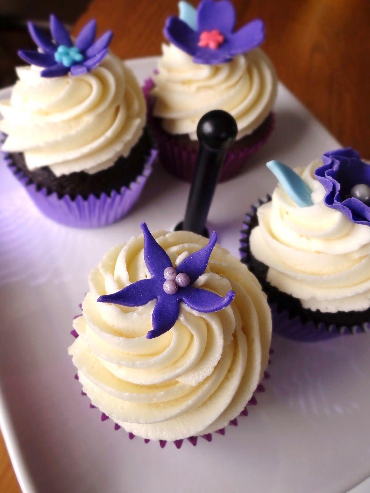 purple cream cupcakes