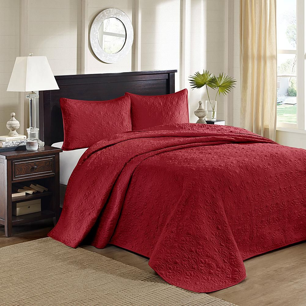 E and E Co., LTD. Madison Park Quebec Queen Quilted Bedspread Set ... : red quilted bedspreads - Adamdwight.com