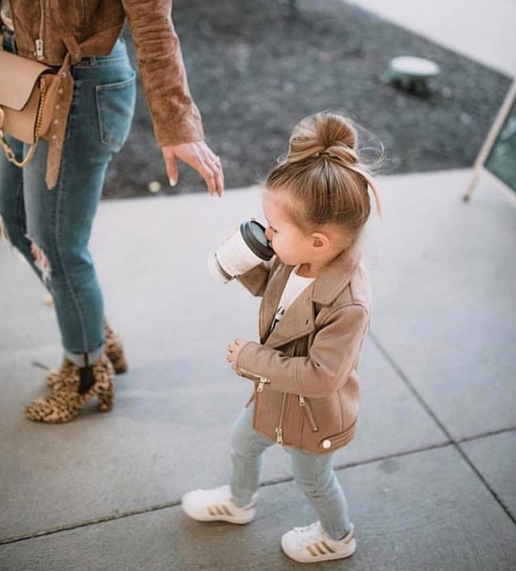 Image about girl in family by 𝒫𝒶𝓊𝓁𝒾𝓃𝒶 on We Heart