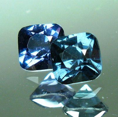 Blue Garnet 1 5 Million Per Carat Gemstones Minerals And Gemstones Gems And Minerals