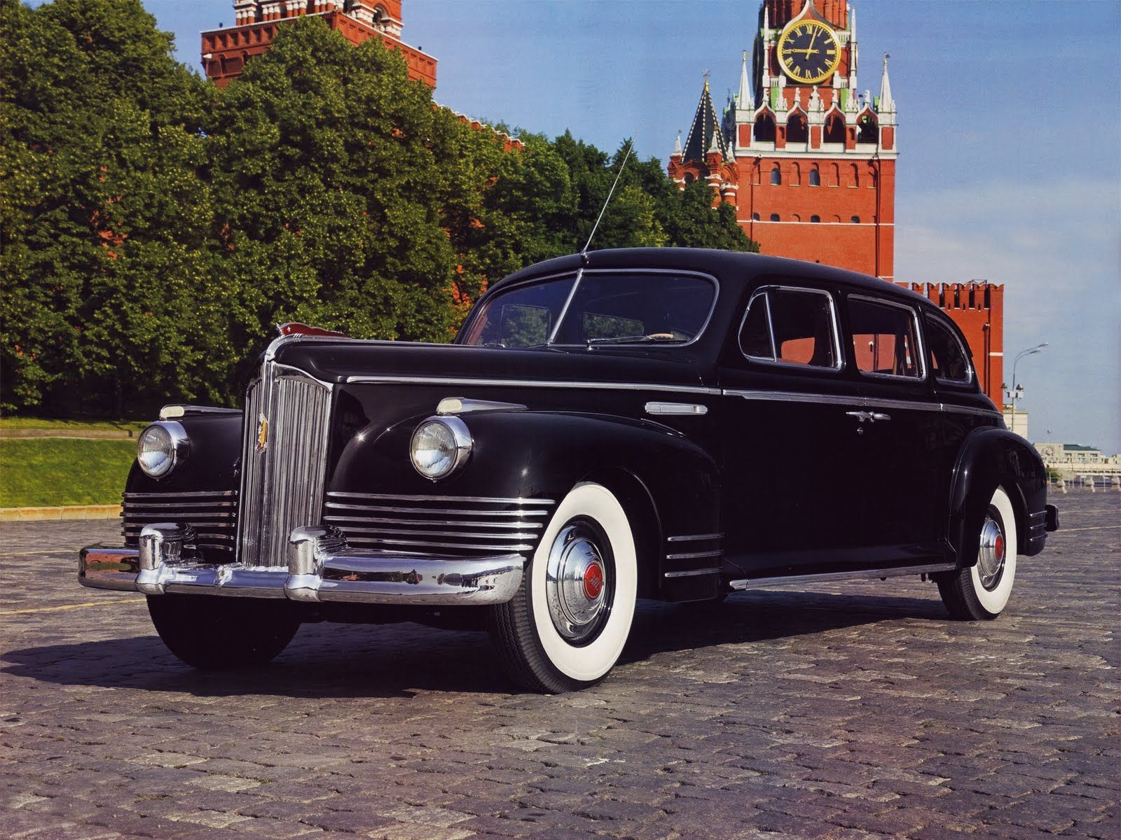 1945 ZIS 110. After Stalin\'s death in 1953, the name of the factory ...