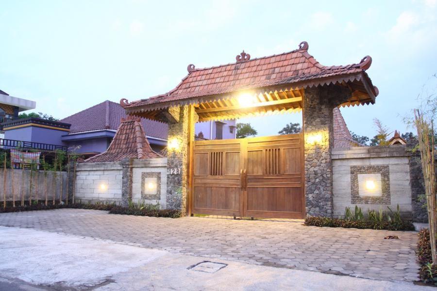 yogyakartamaguwoharjo Rumah kayu, Yogyakarta, Rumah