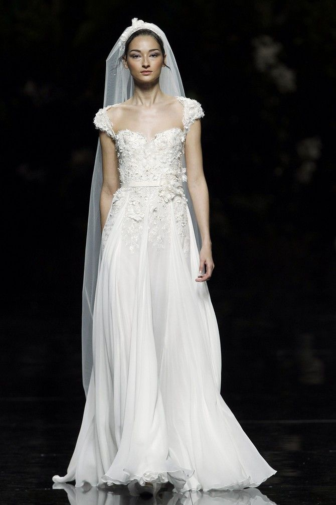 Elie Saab for Pronovias Wedding Dress Galant