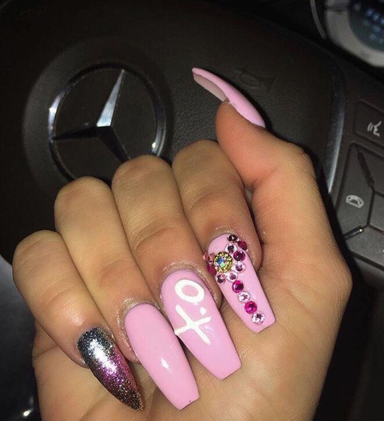 Pin by 𝕮𝖑𝖆𝖘𝖘𝖞.𝕲𝖆𝖓𝖌𝖘𝖙𝖆𝖆🥀 on ACRYLIC NAILS☔️⚡️ | Nails, Diva ...
