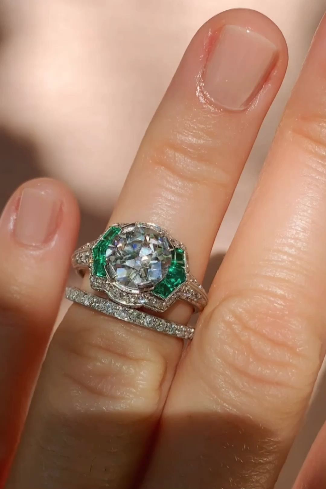 Photo of 2.12 CARAT ART DECO DIAMOND AND EMERALD VINTAGE ENGAGEMENT RING | First time – Vi …