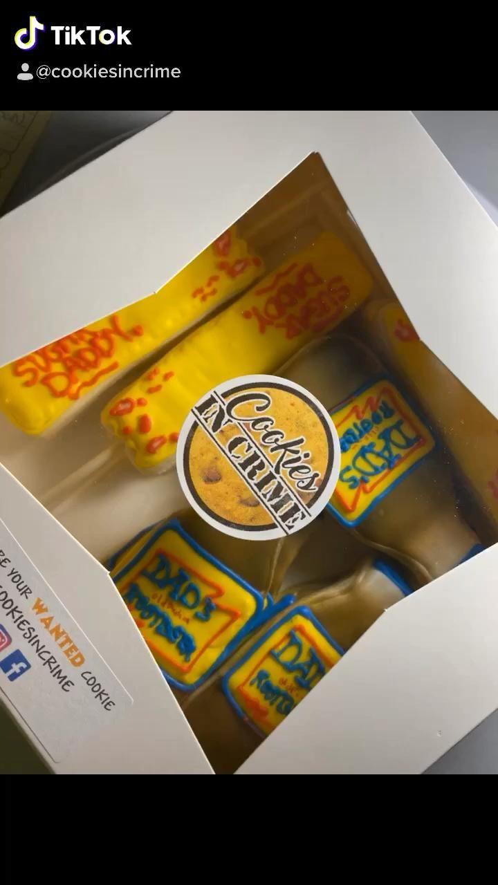 #cookiesincrime #sugardaddy #rootbeer #decoratedsugarcookies #cookies