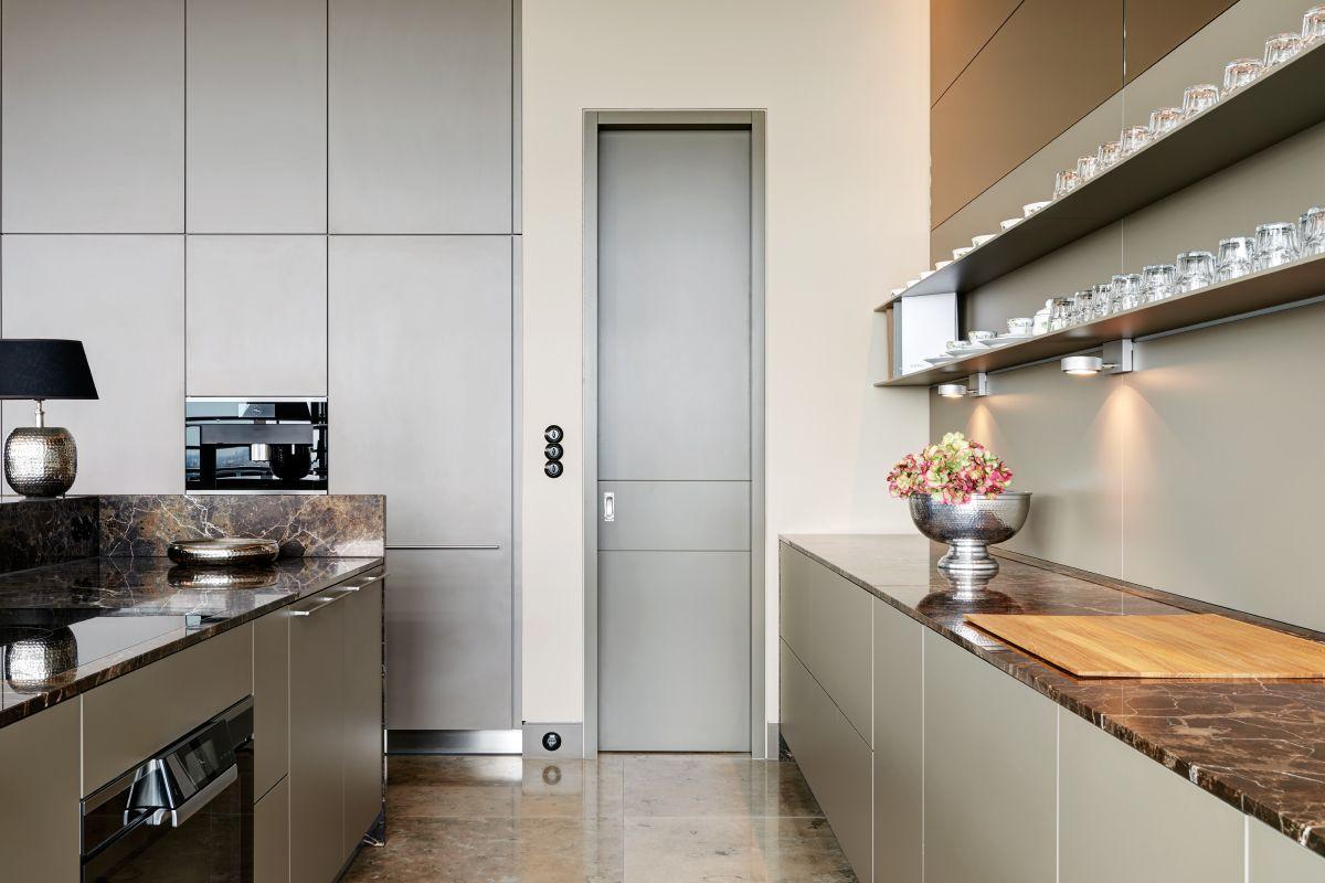 Niedlich Kathedrale Küche Schranktüren Zeitgenössisch - Ideen Für ...