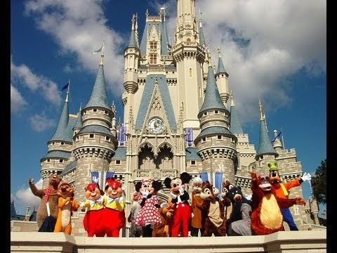 Historias Perturbadoras De Disney Disneyland Disneyland Tours Disneyland Paris