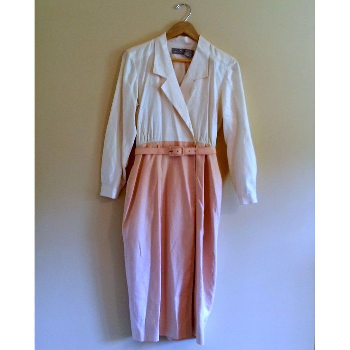 03cae7cc79 Vintage Pink and White Dress with Belt - vinted.com | Harbor ...